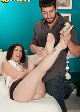 The cougar gets her man - Tammi Sue and Al B (46 Photos) - 40 Something