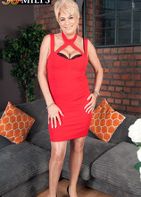 The best part of Dimonty's night out - Dimonty and Pascal White (79 Photos) - 50 Plus MILFs