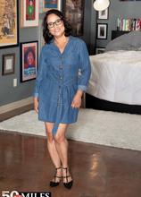 Maya gets ready for her DP - Maya Luna (51 Photos) - 50 Plus MILFs