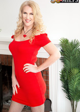 Lacy is 52 years old and back for more! - Lacy (53 Photos) - 50 Plus MILFs