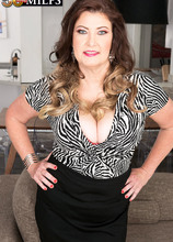 A 21-year-old BBC for Josie Ray - Josie Ray and John Long (70 Photos) - 50 Plus MILFs