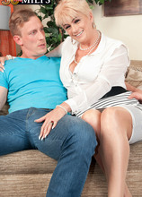 Watch the British GILF who loves being watched - Dimonty and Luke Hardy (51 Photos) - 50 Plus MILFs