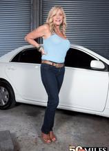 Lauren's tool time - Lauren Taylor and Jimmy Dix (41 Photos) - 50 Plus MILFs