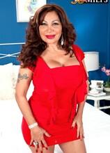 A big-assed Latina with big tits and dick-sucking lips - Sandra Martines and Juan Largo (48 Photos) - 50 Plus MILFs