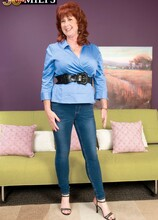 The woman-next-door gets her cunt fucked - Shirley Lily (39 Photos) - 50 Plus MILFs