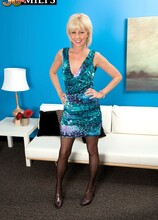 Eve First Time - Eve Bannon and Carlos Rios (59 Photos) - 50 Plus MILFs