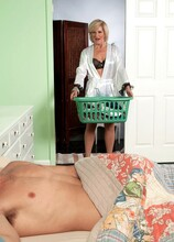 Room For Rent. Horny MILF Included - Ellie Anderson and Ivan Nukes (35 Photos) - 50 Plus MILFs