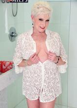 Jewel gets wet - Jewel (67 Photos) - 60 Plus MILFs