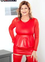 Brenda loves her fuck machine - Brenda Douglas (71 Photos) - 60 Plus MILFs