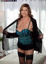 Introducing Brenda Douglas, our new 60Plus MILF - Brenda Douglas (69 Photos) - 60 Plus MILFs