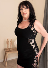 71-year-old Christina fucks a 25-year-old - Christina Starr and Oliver Flynn (84 Photos) - 60 Plus MILFs