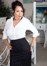 Young cock for Lisa Marie - Lisa Marie Heart and Rion King (89 Photos) - 60 Plus MILFs