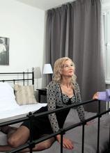 Beata's return fuck - Beata and George Lee (42 Photos) - 60 Plus MILFs
