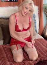 A creampie for grandma - Scarlet Andrews and Tony Rubino (36 Photos) - 60 Plus MILFs