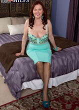 A 28-year-old cums in a 71-year-old's pussy - Katherine Merlot (49 Photos) - 60 Plus MILFs