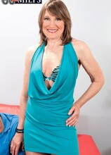 A Facial For The New Girl! - Donna Davidson and Seth Dickens (36 Photos) - 60 Plus MILFs