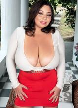 Sofia Damon: A Prize For Breast Men - Sofia Damon (100 Photos) - Scoreland