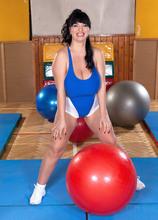 Boob Bouncing With Miss Bliss - Joana Bliss (95 Photos) - Scoreland