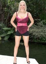 Legs Wide Open - Kylee Nash (50 Photos) - Scoreland