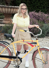A Girl & Her Bicycle - Codi Vore (55 Photos) - Scoreland