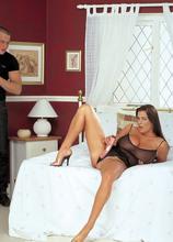 Linsey's First XXX - Linsey Dawn McKenzie and Terry (65 Photos) - Scoreland