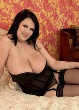 Angel Of Big Tits - Barbara Angel (80 Photos) - Scoreland