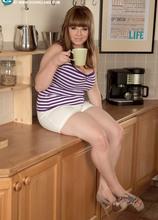 Heaven's Kitchen - Cassie (70 Photos) - Scoreland