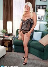 Brickhouse Blonde - Jenna Jayden (50 Photos) - Scoreland