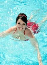 Sex, Sun & Swimming Pools - Barbara Angel and Thomas Lee (70 Photos) - Scoreland