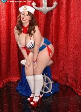 Red, White & Nude - Felicia Clover (75 Photos) - Scoreland