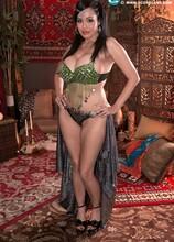 Belly Dancer - Claudia KeAloha (70 Photos) - Scoreland