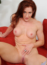 Anilos - Fourfingers featuring Catherine Desade. (Photos)