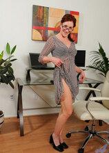 Anilos - Officeglass featuring Catherine Desade. (Photos)