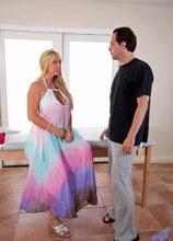 Anilos - Sensualmassage featuring Karen Fisher. (Photos)