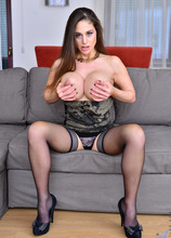 Anilos - Big Tit Mature featuring Cathy Heaven. (Photos)