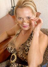 Anilos - Tabletwat featuring Viktoria. (Photos)