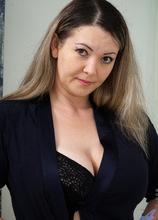 Anilos - Curvy Babe featuring Anastasiya. (Photos)