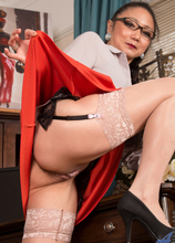 Anilos - Sexy Old Lady featuring Kim. (Photos)