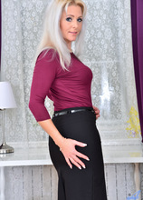 Anilos - Sex Appeal featuring Kathy Anderson. (Photos)