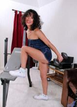 Anilos - Sexyworkout featuring Penelope. (Photos)