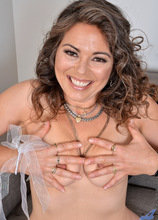 Anilos - Sexy Sweet featuring Candy. (Photos)