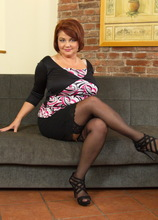 big curvy mature lady getting naughty very soon
