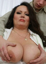 Curvy mama fooling around with her toy boy