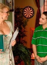 An offer no man could refuse - Erica Lauren (20:33 Min.) - MILF Bundle
