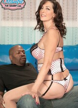 BBC for the main course, a creampie for dessert - Lucy Holland (22:43 Min.) - MILF Bundle