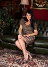 Curvy mature babe Danielle Leah Raven spread on the sofa. in Karupsow | Elite Mature