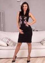 Stunning MILF Vicky Love naked in her heels and stockings. in Karupsow | Elite Mature
