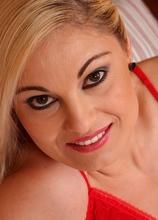 Exotic MILF Ionella masturbates her wet pussy with purple dildo. in Karupsow | Elite Mature