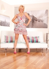 Blonde MILF Rebecca drops pink panties around her ankles! in Karupsow | Elite Mature