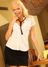 Leggy blond MILF Carol slips multiple fingers into pussy. in Karupsow | Elite Mature